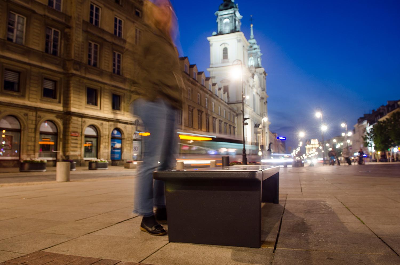 Chopin bench, © Jarek Zuzga, oknonawarszawe.pl