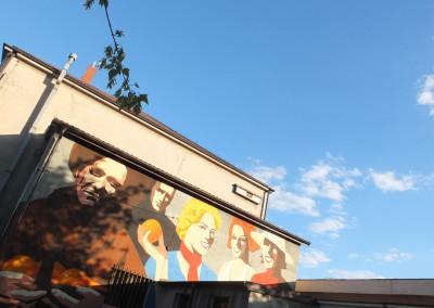 Warsaw Street Art - Adam Walas, Anna Koźbiel - Woman with Oranges, photo: Jarek Zuzga / oknonawarszawe.pl