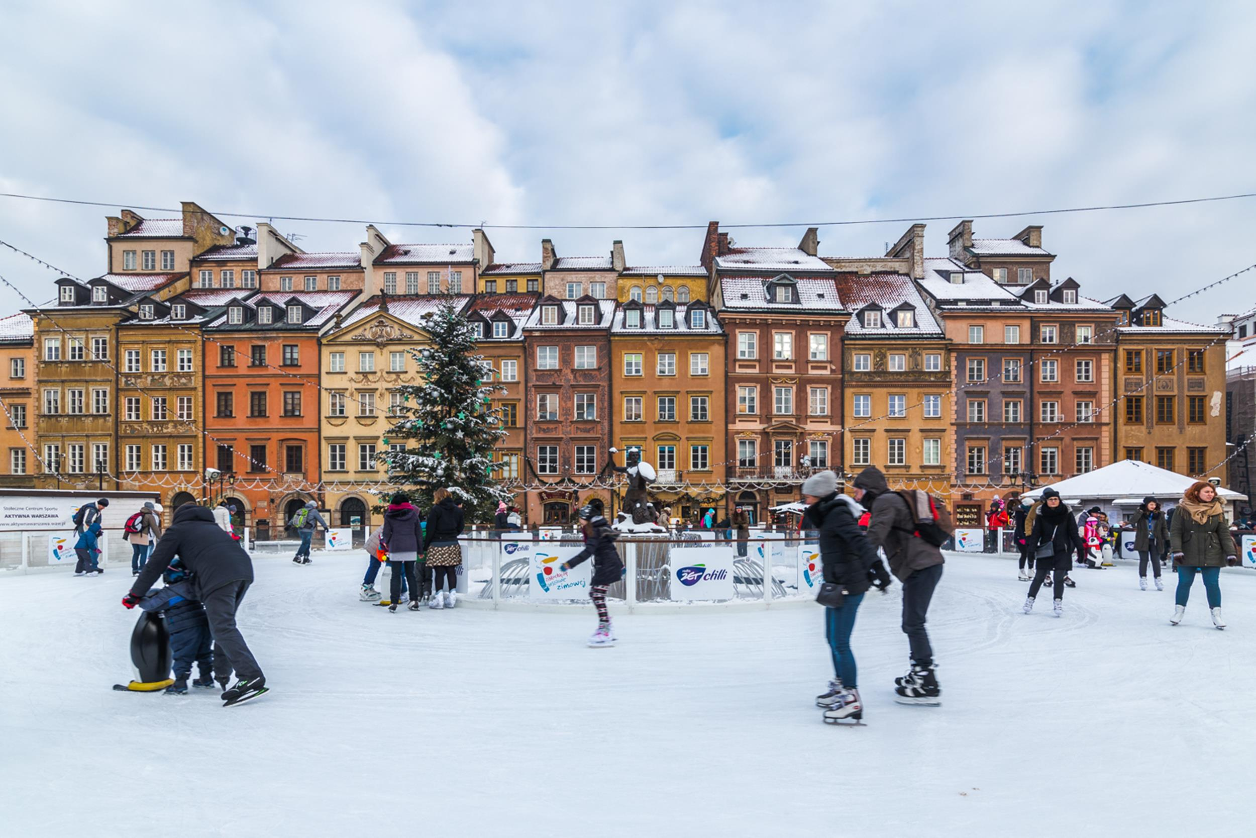 Best Place To Spend Christmas Enjoy Winter Outdoor Sporting Activities In The City