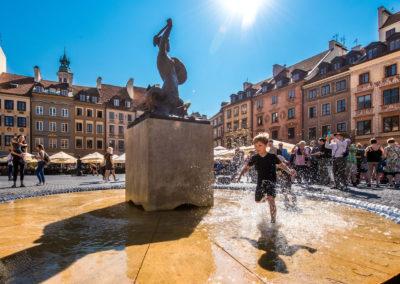 Pomnik-Syrenki_Stare-Miasto_fot.-m.st.-Warszawa
